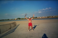 7/34: TENNIS without borders